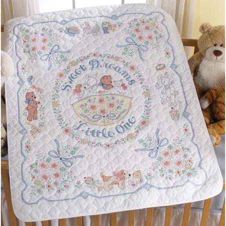 cross-stitch-baby-quilt