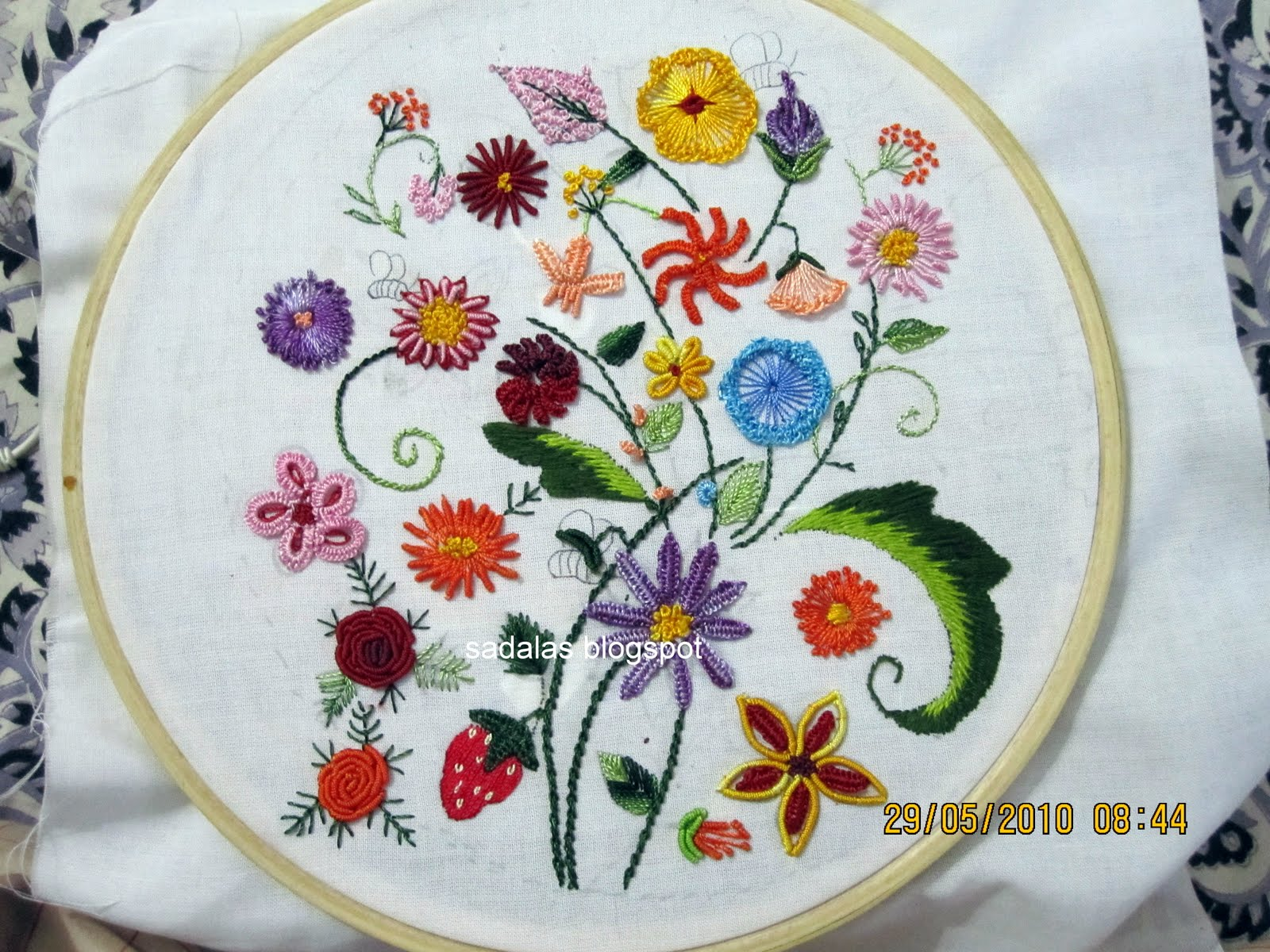 hand embroidery stitches designs